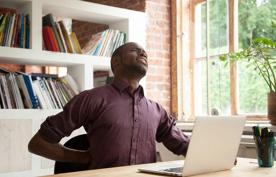 7 Señales que usted necesita cambiar los muebles de la oficina
